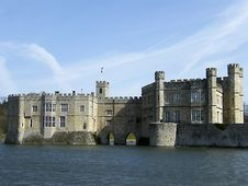 Free Leeds Castle Royalty Free Stock Image - 35221026