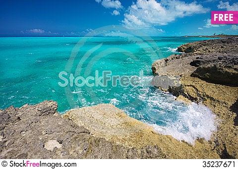 Free The Rugged Seashore Stock Image - 35237671