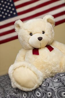 Free Cute Puppy Bear With USA Flag Stock Image - 35266841