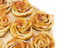 Free Sweet Rolls With Apples In The Form Of Roses On Wooden Board On Royalty Free Stock Photography - 35267617