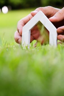 Free Hand Holding Icon House Stock Photography - 35269282