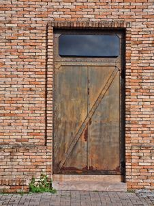 Free Iron Door Royalty Free Stock Photos - 35280228
