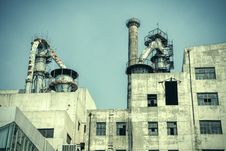 Free Old Factory Building Exterior Stock Images - 35291074