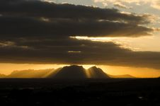 Free Table Mountain From The East Stock Photo - 35297860