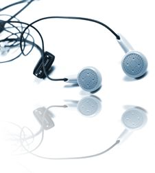 Free Headphones Isolated Royalty Free Stock Images - 3531959