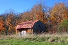 Free Barn In The Countryside Stock Photography - 3537392
