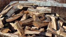 Free Woodpile Royalty Free Stock Images - 35302539