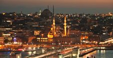 Free Istanbul Sightseeing By Night Stock Images - 35308134