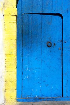 Free Blue Wooden Door. Morocco Royalty Free Stock Image - 35337176