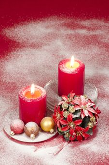 Free Christmas Decoration With Candles Ribbons And Cookies Royalty Free Stock Photography - 35344397