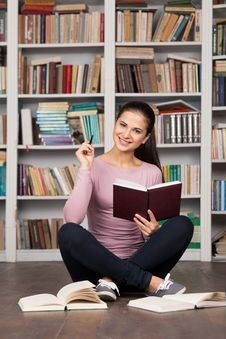 Free Getting Ready For Her Final Exam. Royalty Free Stock Images - 35346919