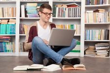Free Studying In A Quite Spot. Stock Photos - 35346933