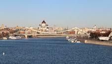 Free Landscape With A Bridge And Temples In Moscow Royalty Free Stock Photography - 35358657