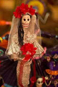 Free Mexican Death Bride Royalty Free Stock Photo - 35360505