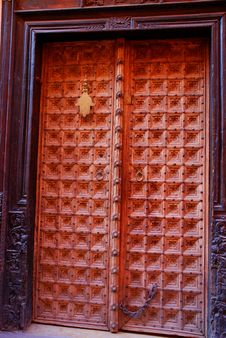 Free Berber Brown Moroccan Riad Door And Frame. Marrake Royalty Free Stock Photography - 35363017