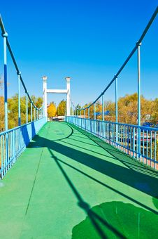 Free The Steel Cable Bridge Royalty Free Stock Image - 35370196