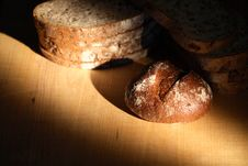 Free Bread On Wood Stock Photography - 35397682