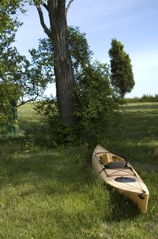 Free Kayak In Waiting Stock Photo - 3542910