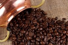 Free Coffee Beans Royalty Free Stock Image - 35432326