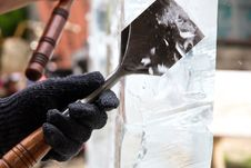 Free Ice Sculpture Carving Royalty Free Stock Photo - 35443005