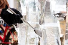 Free Ice Sculpture Carving, Royalty Free Stock Photos - 35443018