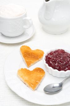 Free Toasted Bread In The Shape Of Heart With Berry Jam And Coffee Royalty Free Stock Image - 35444076
