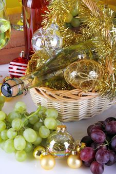 Free Wine And Christmas Balls Royalty Free Stock Image - 35447336