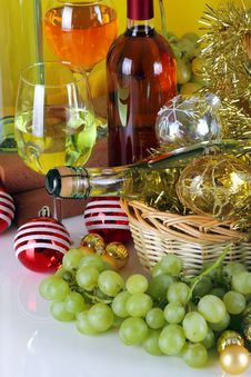 Free Bottles Of Wine With Grapes And Christmas Decorations Royalty Free Stock Photo - 35450425