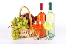Free Basket With Grapes And Wine Bottles Stock Image - 35450741