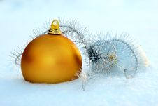 Free Christmas Balls In Snow Stock Photo - 35463540