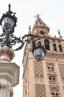 Free Street Lamp In Seville Stock Images - 35471634