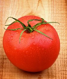 Free Ripe Tomato Royalty Free Stock Photos - 35473968
