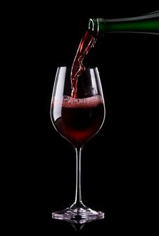 Free Wine Being Poured Into A Glass Royalty Free Stock Photography - 35475837