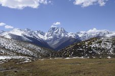 Free Baima Snow Mountain Royalty Free Stock Images - 35497479