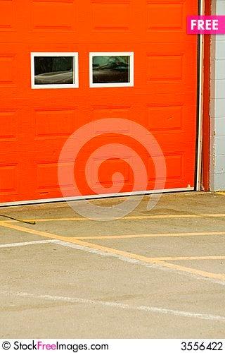 Orange garage door free stock images photos 3556422 for Garage dultec orange