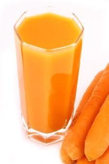 Free Fresh Carrot Juice Isolated Royalty Free Stock Photography - 3552217