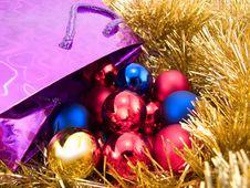 Free Christmas Balls Royalty Free Stock Photos - 3554858
