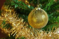 Free Christmas Decoration On The Tree With Gold Chain Royalty Free Stock Image - 35502226