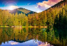 Free Mountain Lake In Evening Royalty Free Stock Image - 35520236