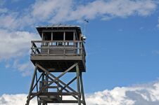Free Wooden Observation Tower At Beach Royalty Free Stock Photography - 35537997