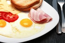 Free Fried Eggs Stock Photos - 35540953