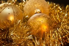 Free Christmas Decorations Stock Images - 35547324