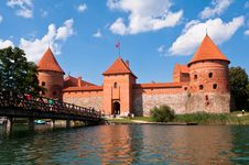 Free Medieval Trakai Castle Royalty Free Stock Photos - 35548228