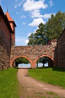 Free Medieval Trakai Castle Near Vilnius, Lithuania. Royalty Free Stock Photo - 35548775