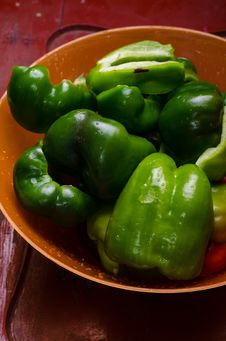 Free Bell-peppers Washed Stock Images - 35561444