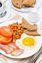Free Traditional English Breakfast With Fried Eggs, Bacon And Beans Royalty Free Stock Images - 35574079