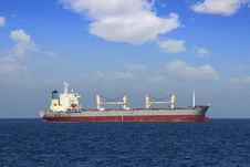 Free General Cargo Vessel Royalty Free Stock Photos - 35570348
