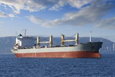 Free General Cargo Vessel Royalty Free Stock Photo - 35570495