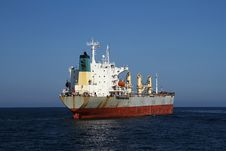 Free General Cargo Vessel Royalty Free Stock Image - 35571076