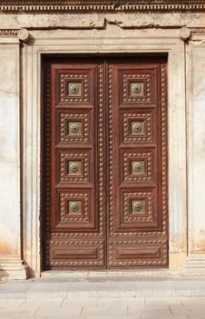 Free Ancient Door Royalty Free Stock Photo - 35572795